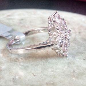 Jewelry - Genuine Morganite Ring